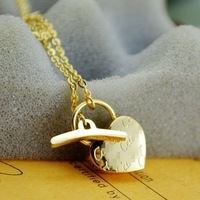 High Quality Gold/Rose gold Plated Titanium Steel Heart Lock Necklace Free Shipping