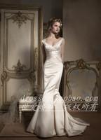 Wedding dress V-neck wedding ivory color wedding dress slim waist and fish tail wedding dress av9756