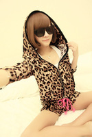 Free Gift Fashion autumn derlook two ways leopard print set sleepwear 2181
