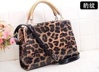 2013 Fashionable leopard messenger bag  leopard messenger handbag fashionable handbags women