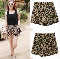2014 NEW FASHION Sexy Leopard Women classic animal shorts summer Autumn pants Elastic Band  Loose Fit Casual Hotpants