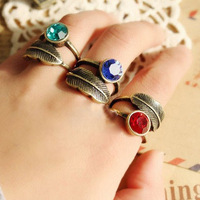Min.order is $10 (get a free gift) Vintage style fashion 2013 jewelry Blue Rhinestone leaves leaf ring free shipping Q318