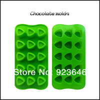 free shipping 15 even triangle cake tools chocolate mould 3D silicone mould baking tray DIY ice candy soap jelly molds