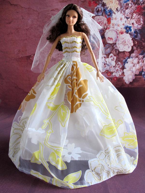 Manufacturer Beautiful Bride Doll 78