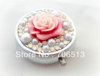 2013 Christmas Gift Wholesale Free shipping(20pcs/lot) Fashion 3D Flower crystal pill box