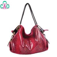 The new 2013 100% genuine leather handbag designer handbags fashion leisure serpentine cowhide women messenger bag D10200