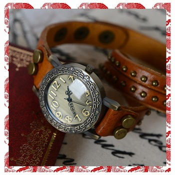 amazing cheap Fashion cowhide wrap bracelet table vintage rivet watch circled