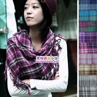 Free shipping 100% cotton large facecloth woman fashion square scarf plaid scarves grid tassel spring fall winter shawl 2013