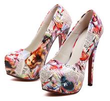 Atacado salto agulha baratos sapatos novo estilo de 14 centímetros de pintura a óleo saltos vermelhos partido bottoms clube bombas de tamanho 35-39 K- 128-57(China (Mainland))