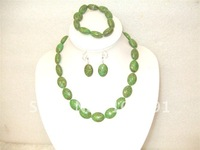 Free shipping!! 52cmL Green amazing Oblate of turquoise necklace bracelet earrings suit
