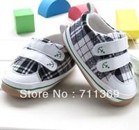 Free shipping Wholesale PLAID baby shoe Cotton Velcro outdoor boy shoe Rubber bottom kid / baby shoe