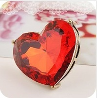 Free shipping!   Fashion restore ancient ways wings elegant big gem heart-shaped ring