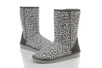 Knee-high light and comfortable flat heel platform heel thermal inlaying suede cowhide snow boots