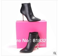Autumn and winter women's boots new listing, swept the world, fashion leather boots.