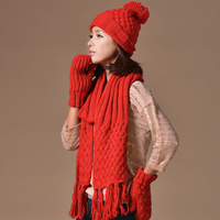 Autumn and winter thermal yarn sweet women's hat scarf gloves three pieces set knitted yarn