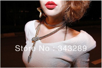 Natal Multi Snake Long Magnetism Sweater Chain Waist Chain Snake Bracelet Wholesale Jewelry Imported From Korea Necklace