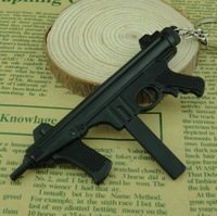 500pcs/lot Black Tone Cross Fire Assort Machine Gun Model M12S Keychain CF/CS Military Shotgun Keys Ring Collections Xmas Gift