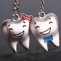 hot 1pair couple keychain personalized Valentine teeth happy smile couple keychain valentine's day gift