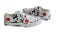 2013 Hot discount  Hand-painted shoes Mickey Mouse canvas shoes graffiti shoes Lovers leisure shoes