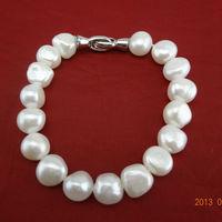 Free shipping 9-10mm Baroque Pearl Bracelet  gift for friends freshwater pearl bracelet