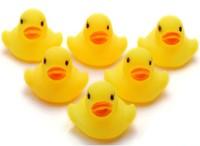 Hot Sales 5pcs Ducks baby Bath Toy Baby Bath Washing Sets Children Educational Water Toys
