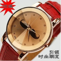 free  shipping  Current style British Wind small Ms. Hu Zinan couple belt watch wholesale fashion Korean fashion table