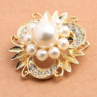 High Quality! Hot Sale Item Fashion Alloy Crystal Women Pearl Brooch Pins/ Min.order is $10 (mix order) ! Free Shipping!