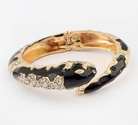 B0047  Min Order $10 (mix order) 2013 Fashion Trend Exaggerated Cute Snake Bracelet  ,Bracelet For Women Wholesale
