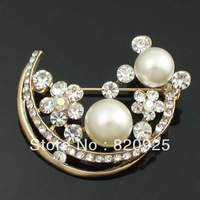 1 X Clear Rhinestone Crystal Charming Crescent Moon Pearl Gold Plated Brooch Pin