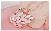(Minimum order $ 10) Korean sweater chain wholesale woman models upscale crystal opal necklace long sweater chain