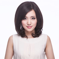 Real hair quinquagenarian wifing scroll fluffy wig short hair female short hair