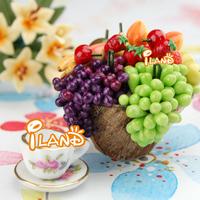 iland 1/12 Dollhouse Miniature Food A Plate of Grape Fruit Handmade Purple and Green