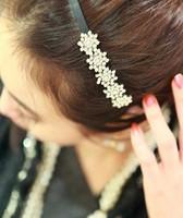 2013 New Free shipping  Shining Fashionable Rhinestone Embellished Snowflake Shaped Headband YW11122102