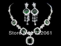 Spot wholesale and retail of luxury square crystal zircon tassel earrings set with emerald necklace jewelry set