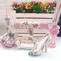 Fashion the elapsing rich jewelry holder sofa seat ring high-heeled shoes bracelet holder
