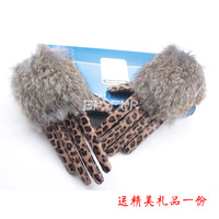2013 women's leopard print plus velvet thermal gloves genuine sheepskin leather winter thermal rex rabbit hair gloves