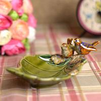New arrival fashion exquisite ceramic fruit tray; Porcelain birds home decoration