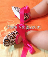 2013 cute stocking new born embroidered interlock baby shoes