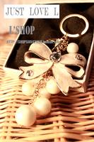 Big bow keychain women's pearl string key ring vintage fashion bag chain