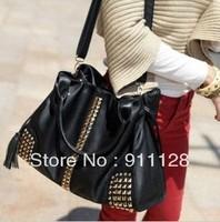 European and American big rivet fringed shoulder bag Messenger bag retro trade Q387