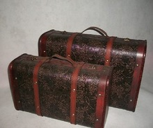 Vintage putaohua suitcase old fashioned antique wooden box nostalgic wool suitcase photography props