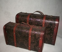 Large putaohua suitcase old fashioned vintage portable wooden case photography props