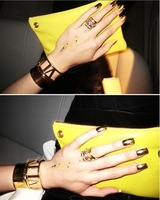 2013 gold fashion hot-selling t cutout roman numerals bracelet  nzhj