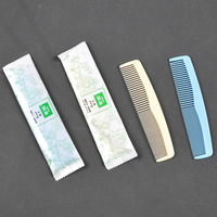 Free shipping 200 pcs hotel supplies double comb random delivery