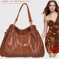 Fashion women's shoulder handbag snake pattern genuine leather larger messenger bag retro luxury totes cowhide paillette brand