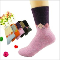 Free shipping new 2013 winter women's fashion warm thickened wool socks, thermal sock for women diamond WY008