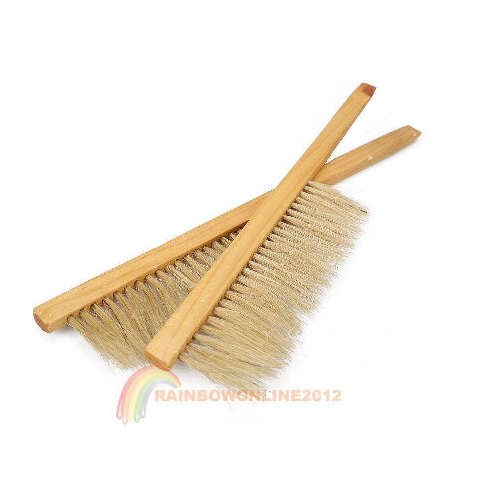 2pcs R1B1 Pro Pig Bristles Bee Brush Beekeeping Brush with Wooden Handle(China (Mainland))