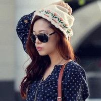 2013 flower knitted hat knitted women's autumn and winter thickening thermal pullover bucket hat