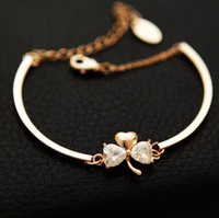 Merry Christmas Fashion High Quality Clover Crystal Zircon 18k Rose Gold Plated Alloy Chain Bracelets Bangles for Women Ladies
