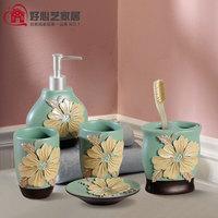 Fashion resin carved diamond peones five pieces set of bathroom toiletries set 5 kit